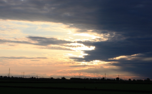 田園の朝 1