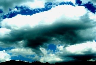 29maggio2006 トスカーナの雲