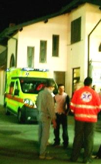 お祭りと救急車2