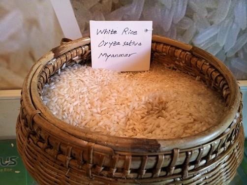 ミャンマーのお米