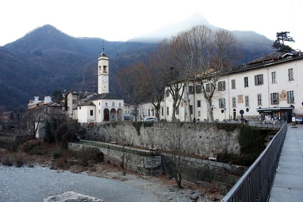 Varallo1