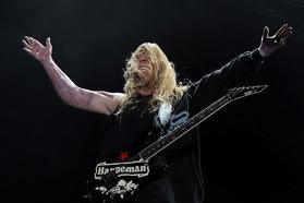 Jeff Hanneman 2011 Apr 23-1
