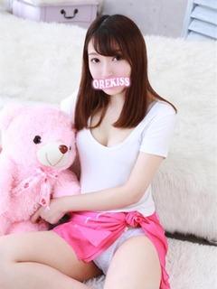 girl_5dd0a761d60f78.99803721_480x640