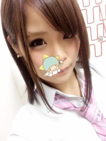 ロリ 東京風俗体験ブログ現役嬢を丸裸無修正生写真