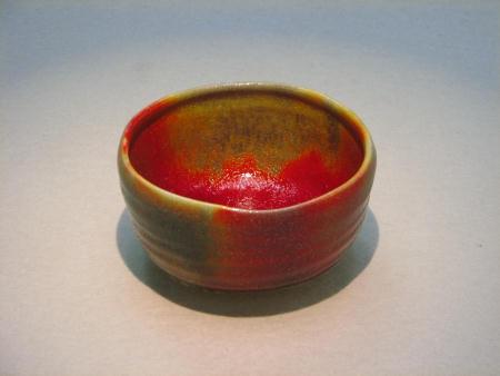 一つの釉薬で七色を出す抹茶茶碗