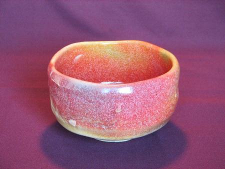 春を想わせる桜色の抹茶茶碗