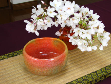 桜とピンクの抹茶茶碗