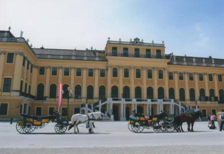 世界文化遺産のシェーンブルン宮殿
