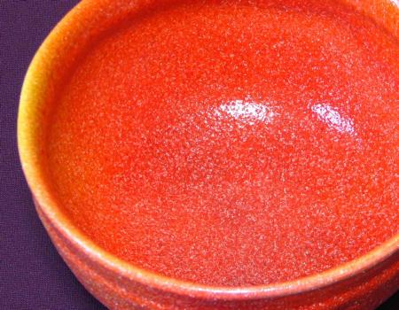 赤い抹茶茶碗の見込