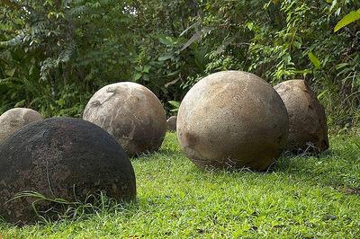 stone-spheres-costa-rica-02