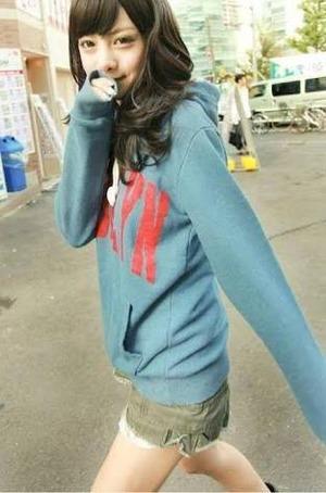 パーカー着てる女の子がメチャクチャ好きなんだけど分かるよな?