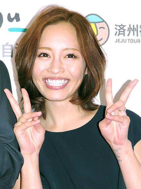 【すべてが下品】 妊娠7カ月のペニオク芸人・小森純に子どもの名前を尋ねると→「言わねーよ!」