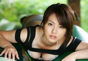 【乳画像】おっぱい大きい女の顔の特徴あげてけwwwwwwwww