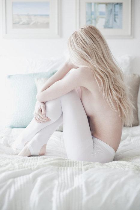 【裸体画像】綺麗すぎたり芸術っぽいエロ画像って抜けないよな?【大量】