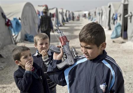 【イスラム国】 3000人を処刑。過半数が民間人や子供 ネット識者「これ最終的にどうなるのが正解?」