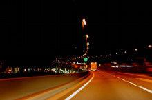 深夜の高速で運転してる時に流すといい感じの曲