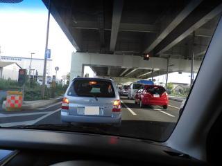 まん転手「ブレーキ踏んでからウインカー出そうっと(笑)キキー!」 後続車ぼく「うわ!危ねえ!!」 ←これ