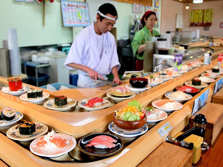 尾田栄一郎「念願の回転寿司!凄い!超楽しい!」