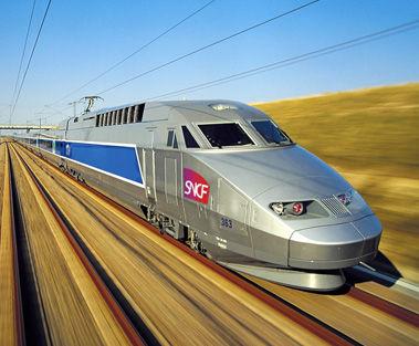 【11人死亡】仏TGV脱線事故、「ブレーキ踏み遅れ」が原因 普通だったらワイドショー特集レベル