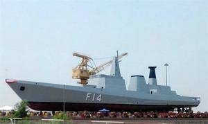 【ミャンマー】国産の大型ステルス護衛艦が完成 プラモデルみたい