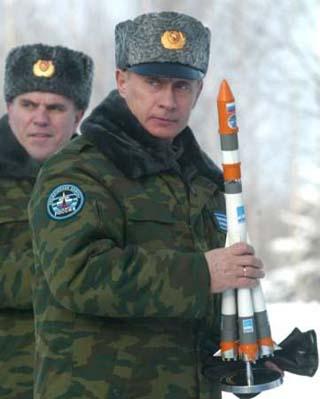 無能ロシア シリアに向けて撃ったミサイル イランに着弾