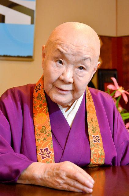 【生臭坊主】 瀬戸内寂聴(93)、SEALDsメンバーとの恋愛小説を発表 ネット識者「怪奇ホラー小説じゃねーか」