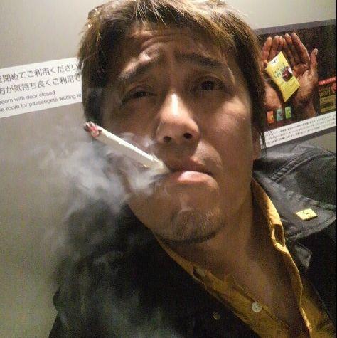 【坂上忍】タバコを1日100本吸うヘビースモーカーだった 潔癖キャラとは何だったのか
