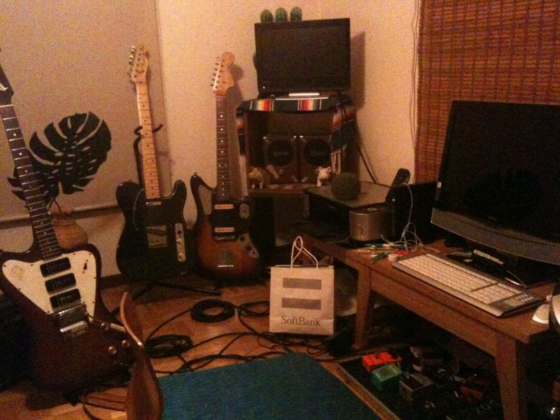 バンドに入らないで家でしかギター弾かない奴wwwwww