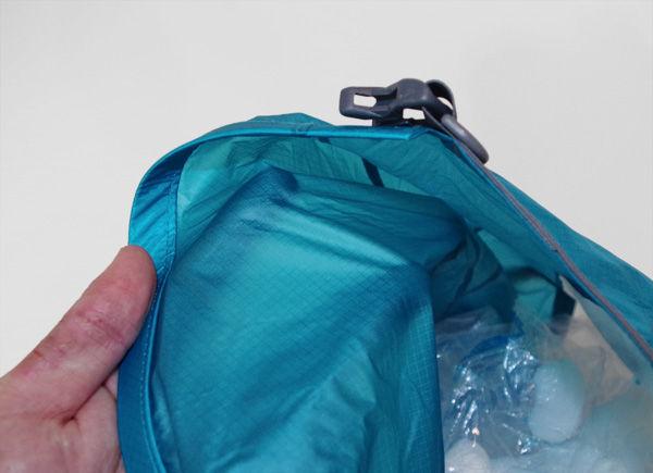 carrydrybackpack23-4