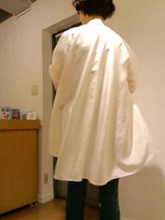白いシャツ展4