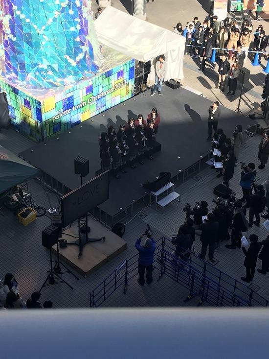 【=LOVE】「全国握手会@お台場パレットプラザ」ライブ前にステージ上でマスコミ取材!取材中イコラブヲタは静かにしていて偉いね!!【イコラブ・イコールラブ】