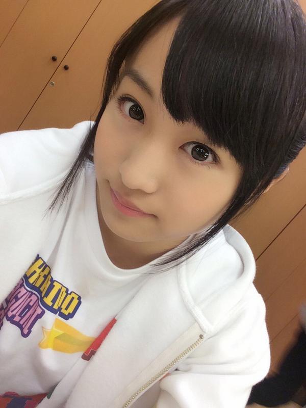 洋服が素敵な坂口渚沙さん