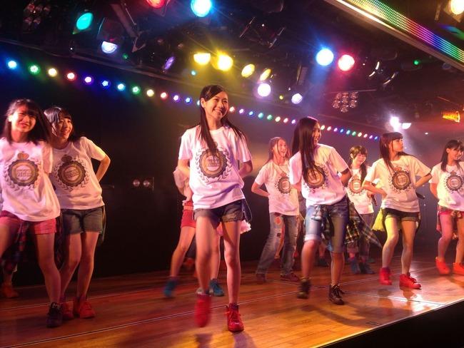 AKB48 3000 performance2