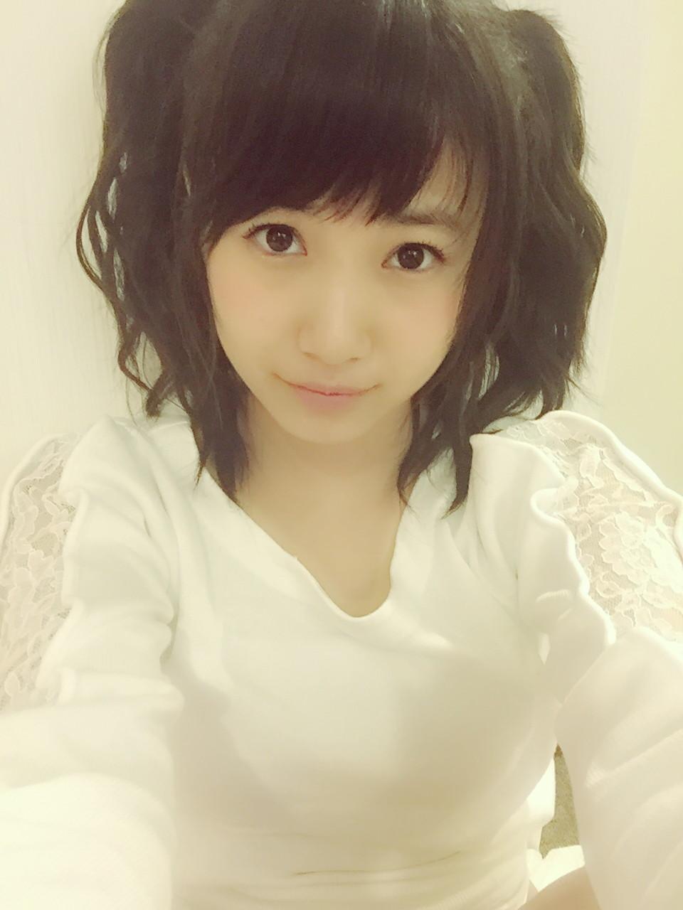 31 - 1 : 【朗報】HKT48/AKB48朝長美桜がソロ写真集出版権獲得に向けて、本気をだ