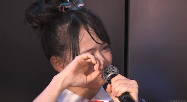 【AKB48】チーム8倉野尾成美が時折見せる弱い姿について、どう思う?【なるちゃん】