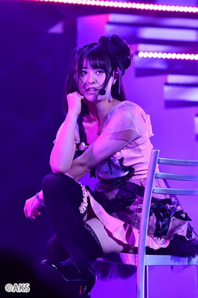 【AKB48】チーム8佐藤栞さんの太ももがセクシーすぎる・・・【しおりん】
