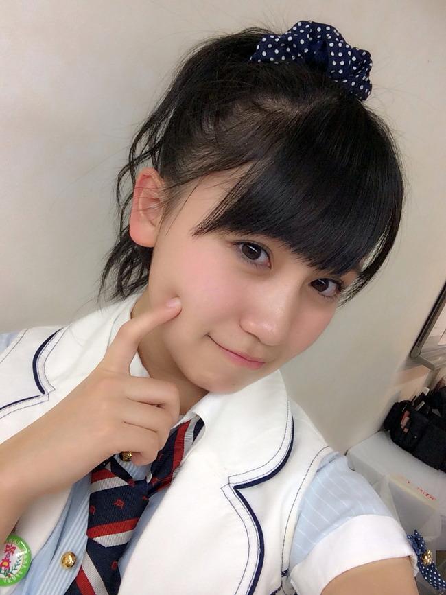 髪のアクセサリーが素敵な小嶋真子さん