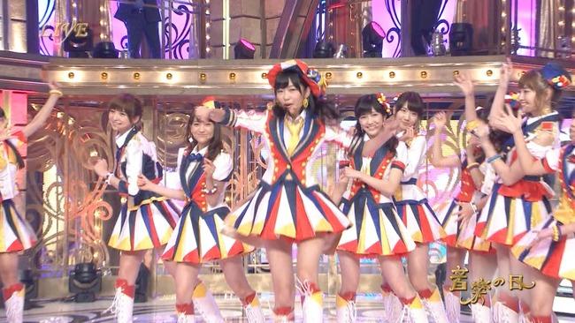 「指原莉乃 AKB48 センター」の画像検索結果
