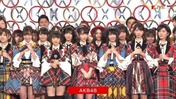 Akb48タイムズ Akb48まとめ 第68回nhk紅白歌合戦 渡辺麻友