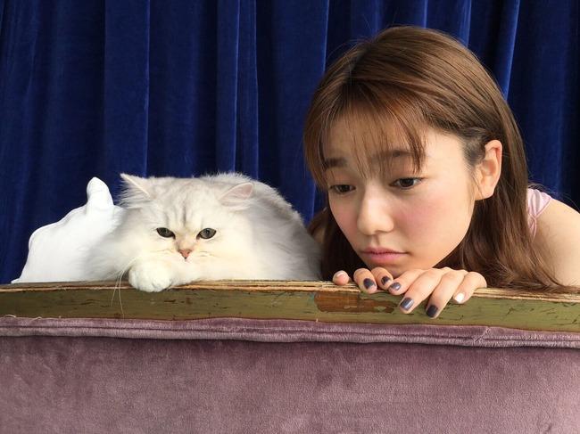 【元AKB48】島崎遥香「肌が弱くて 傷が残っていてコンプレックスなので良くわかります。」【ぱるる】