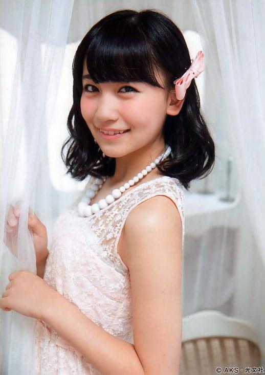 ファッションモデルの小嶋真子さん