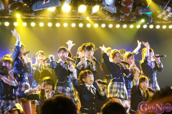 img20111010akb48team4stage10