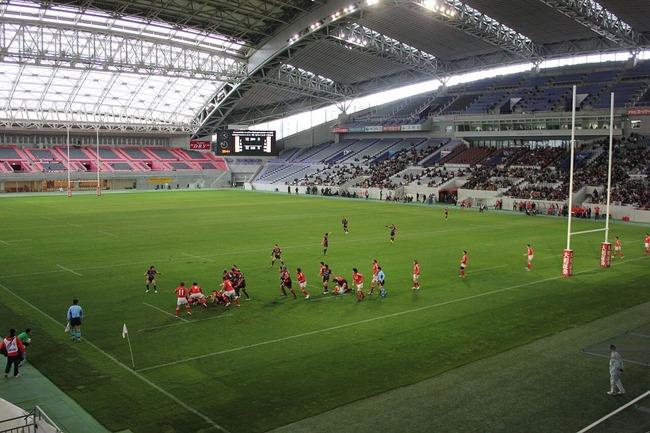 1280px-Kobe_Wing_Stadium_20131222