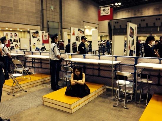 AKB48個別握手会、メンバー側から見た握手ブース裏側