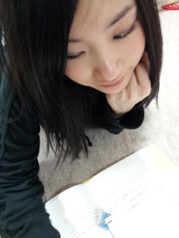 https://livedoor.blogimg.jp/akb48_matome/imgs/d/9/d9fe32c1-s.jpg