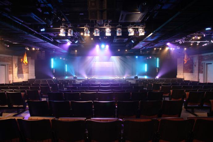 img20121209ske48theater16