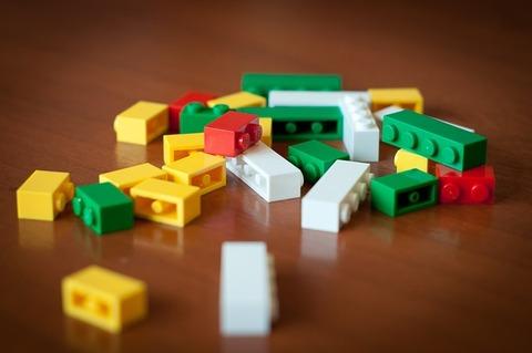 lego-622602_640