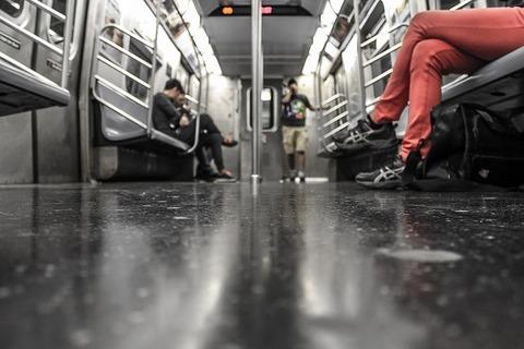 【衝撃画像】この地下鉄怖すぎワロタwwwww(画像あり)