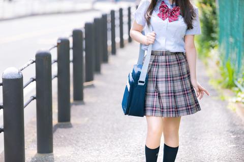 【悲報】コロナに感染した富山の女子高生の末路が流石に酷すぎる・・・