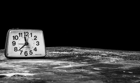 alarm-clock-238524_640-640x381